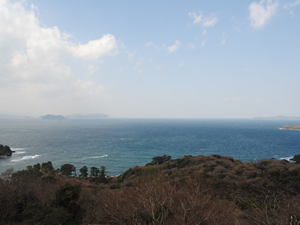 From the observation platform, you should feel the magnificence of nature in the scenery.